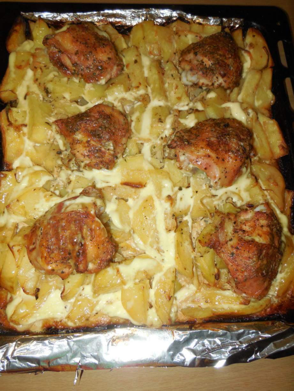 Молодой картофель запеченный в духовке с курицей фото рецепт пошаговый