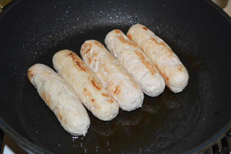 Рецепт сосисок из курицы в домашних условиях