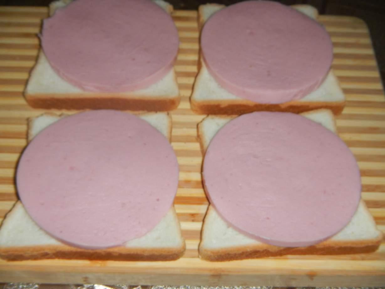 Как сделать горячий бутерброд с яйцом фото