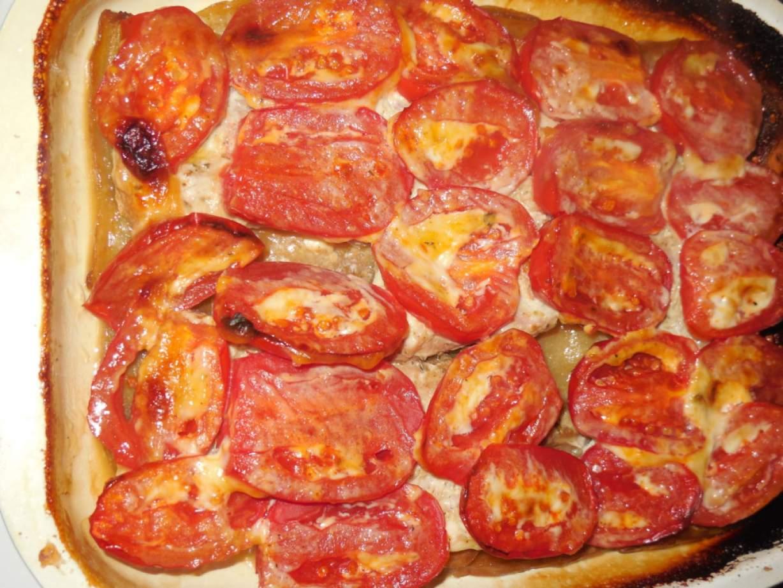 Свинина с картошкой с помидорами в духовке рецепт пошаговый