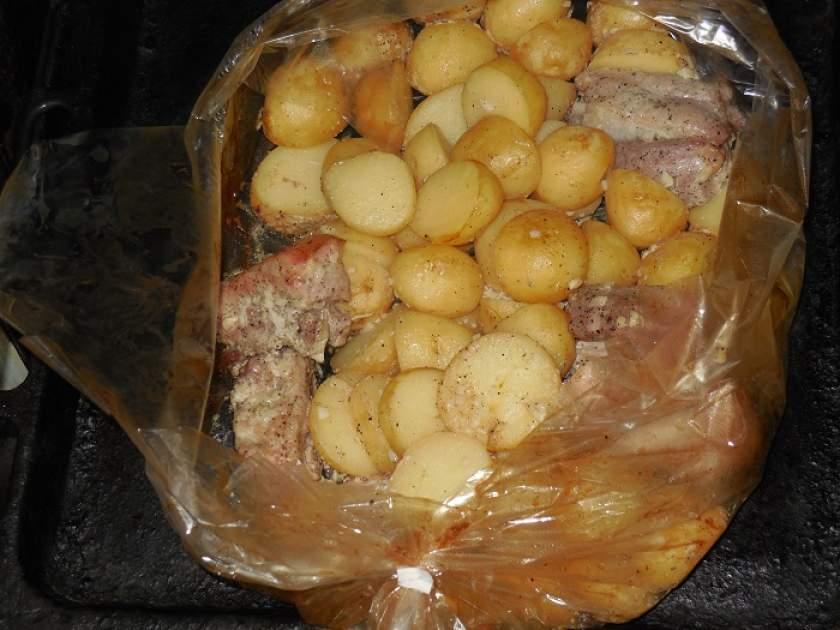 Картофель с мясом как сделать 565