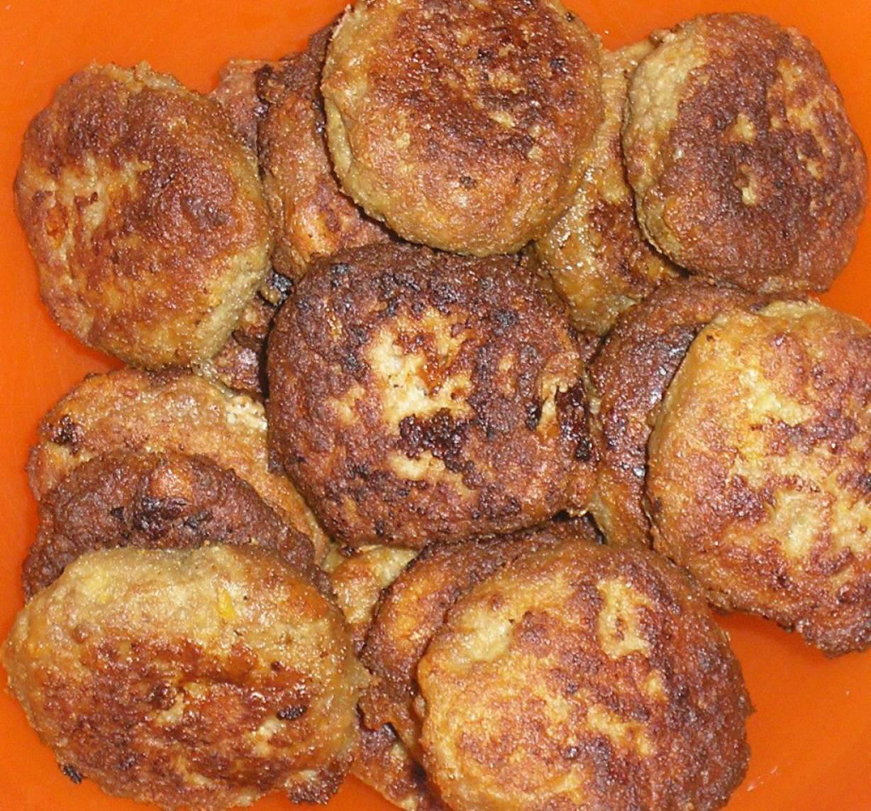 Рецепт мясных котлет пошагово